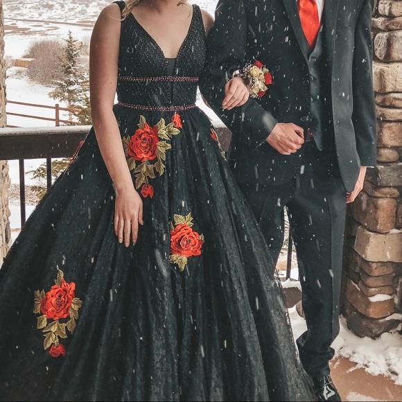 09adbbdb55 ... Dress- Black Lace   Red Roses. M 5ab54481b7f72bcd34351d60